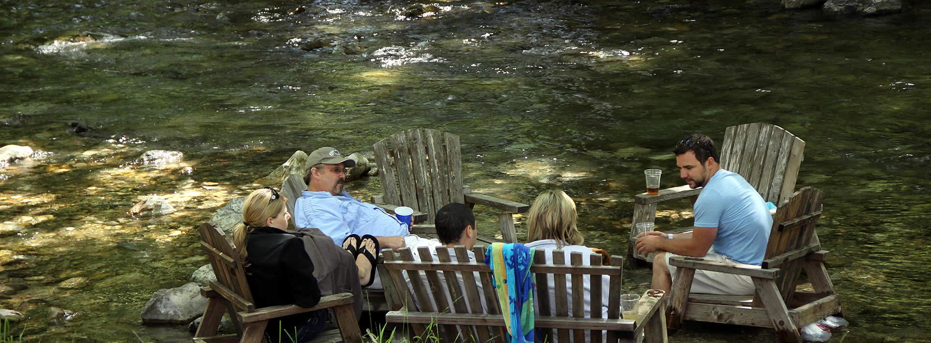 big-sur-river-inn-big-sur-california-guests