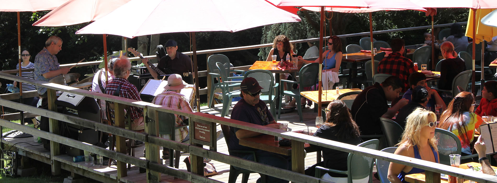 sunday music at big sur river inn